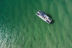 Blick von oben auf den SunSailer 7.0 im Meer, entnommen der Webseite von SunConcept , © SunConcept